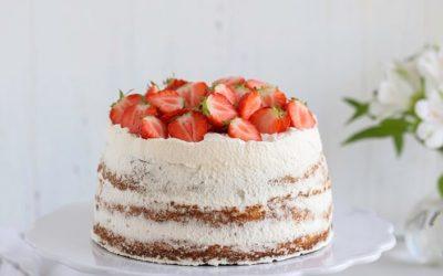 Dessert scandinave : la recette du gâteau aux fraises suédois, la Jordgubbstårta